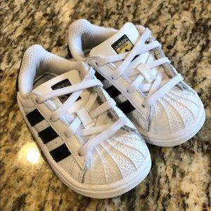 Childrens/Toddlers White/black Adidas Superstar's